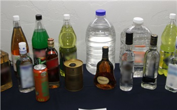В Красноярском крае за год изъяли 260 тысяч литров поддельного алкоголя и 369 кг наркотиков
