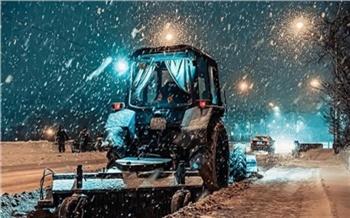 «Убрать город за два дня невозможно»: мэрия Красноярска объяснила медленный вывоз снега