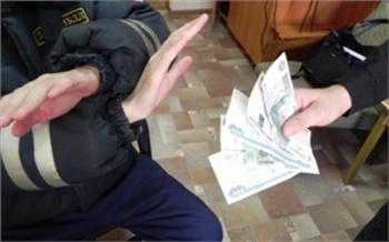 Железногорца оштрафовали за попытку подкупить гаишников