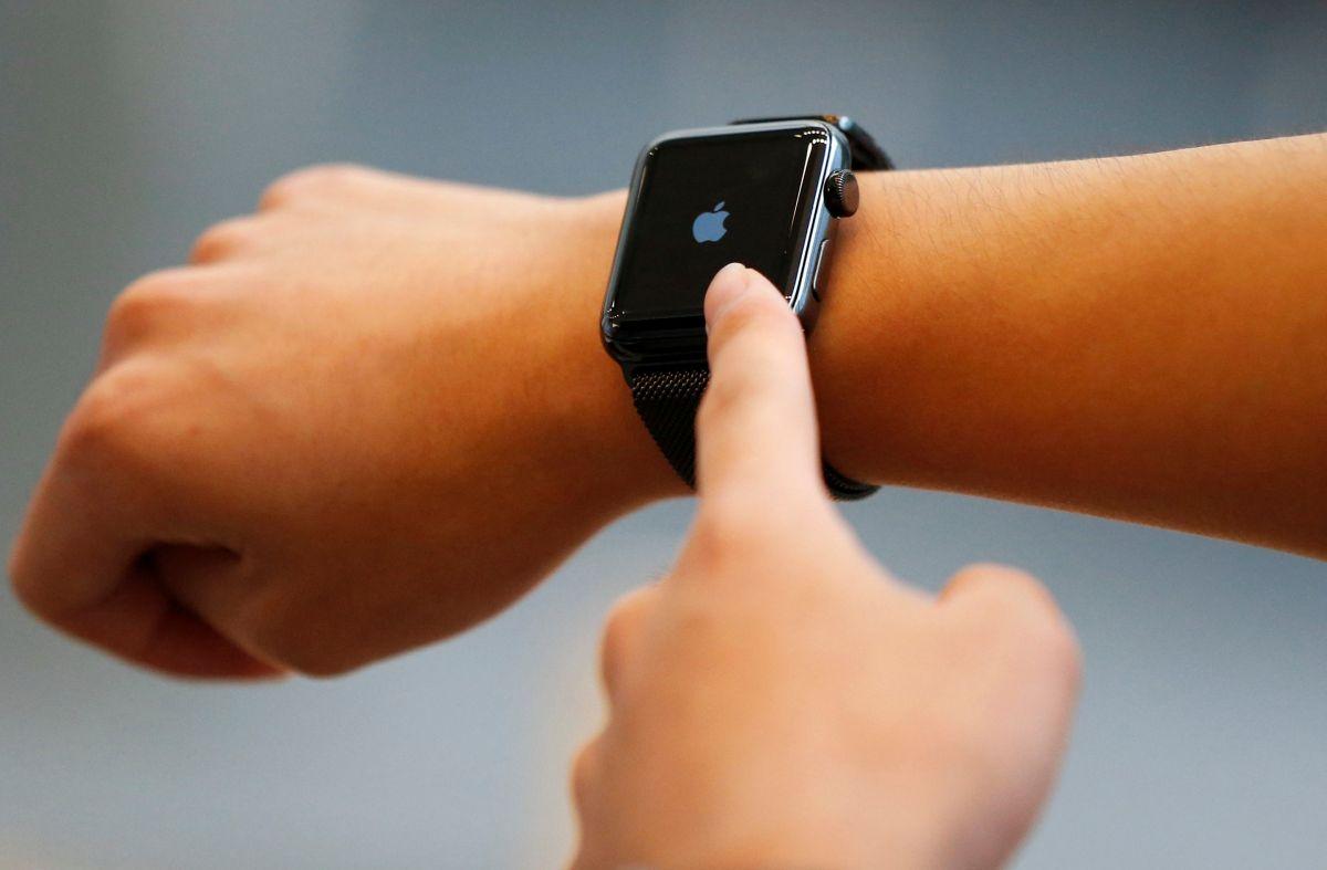 Новые 'умные' часы Apple могут получить функцию глюкометра