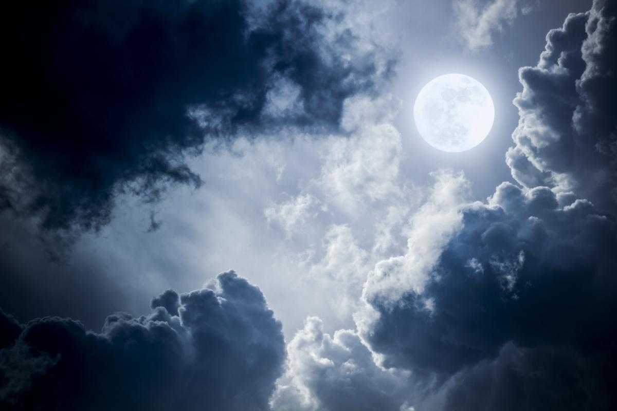 Лунный календарь на август 2021: фазы Луны, перечень удачных и неудачных дней