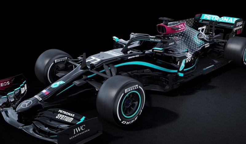 Команда Mercedes на Формуле-1 выступит на черном болиде в знак протеста против расизма