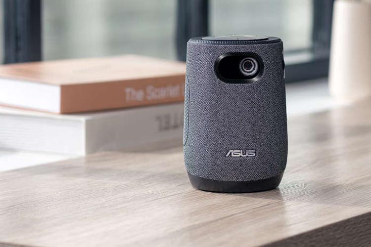 ASUS представила мини-проектор ZenBeam Latte L1 с аудиосистемой Harman Kardon