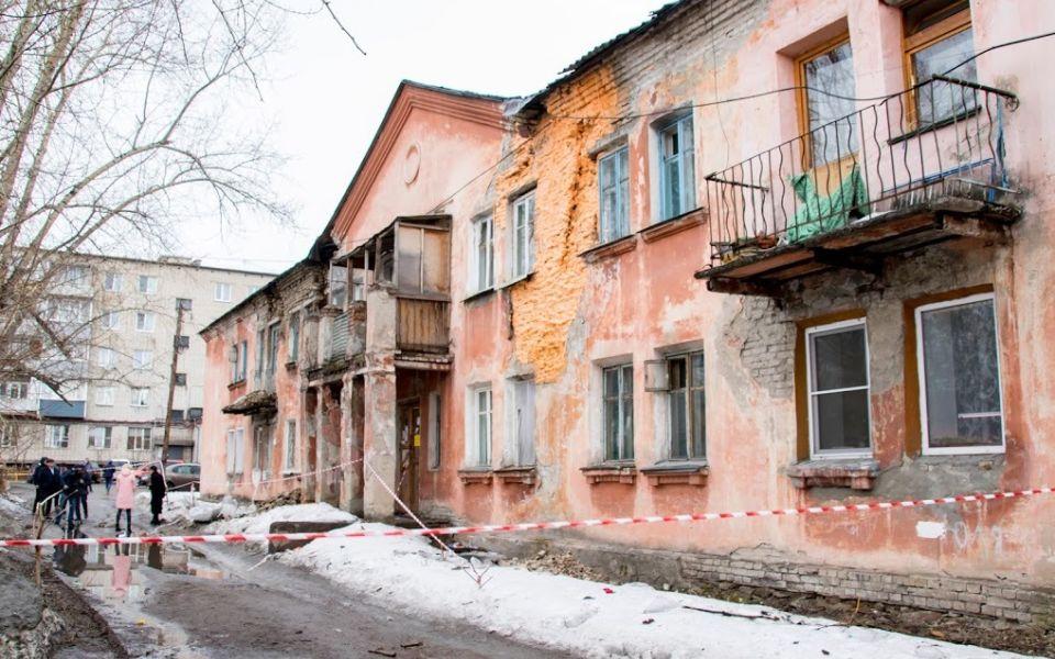 Власти Барнаула срочно ищут 40 млн на расселение дома по Советской Армии