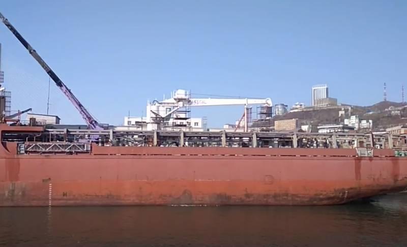 В немецкий Мукран идёт судно, которое может принять участие в достройке «Северного потока-2»