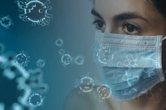 Онищенко сравнил подходы к лечению коронавируса в России и в Китае