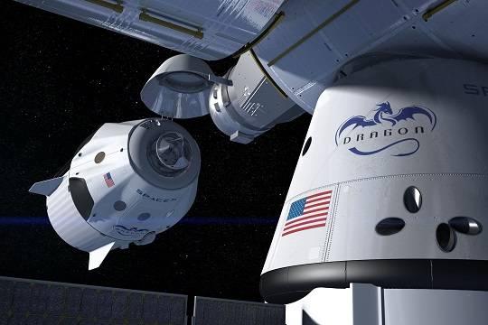 Crew Dragon с четырьмя астронавтами на борту вернулся на Землю с МКС