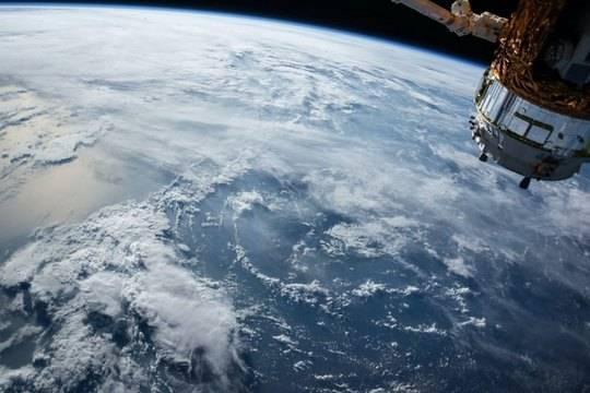 Компания Безоса Blue Origin получила заказы на частные полеты в космос на 100 млн долларов