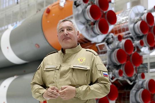 Рогозин выругался под своим постом в Facebook