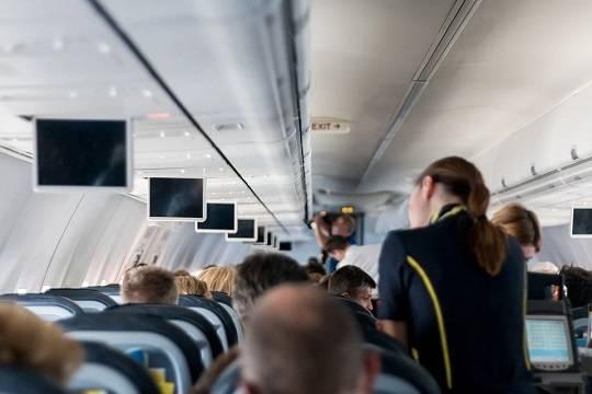 Стюардесса рассказала о шансах выжить при пожаре в самолёте