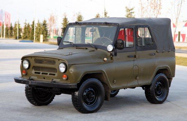 «В продаже уже есть такой УАЗик?» – Подготовленный к бездорожью УАЗ-469 покорил сеть