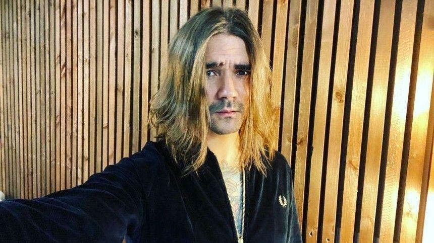 «Это клевета»: вокалист The Hatters попытался оправдаться за пьяный дебош