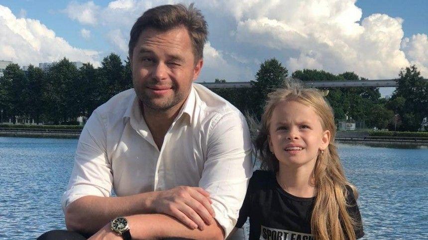 Актер Гогунский рассказал, как его дочь превращают в «золотую антилопу»