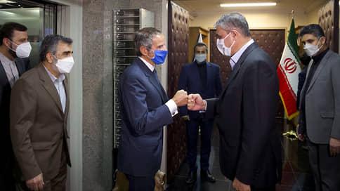 Россия сделала ход МАГАТЭ // Как власти Ирана согласились возобновить переговоры по своей ядерной программе