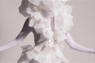 Художница удивляет мир моды шедеврами, созданными при помощи 3D-ручки