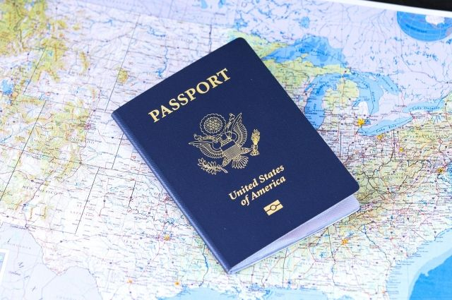 США внедряет визовые ограничения в отношении ряда граждан Китая
