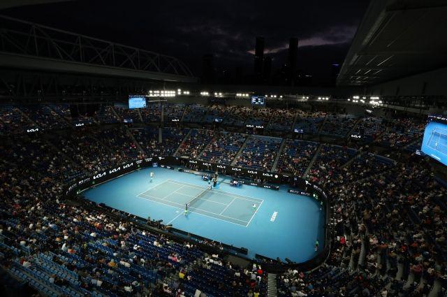 Матчи Australian Open в этом году посетили более 130 тысяч зрителей