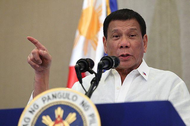 Президент Филиппин вакцинировался от коронавируса