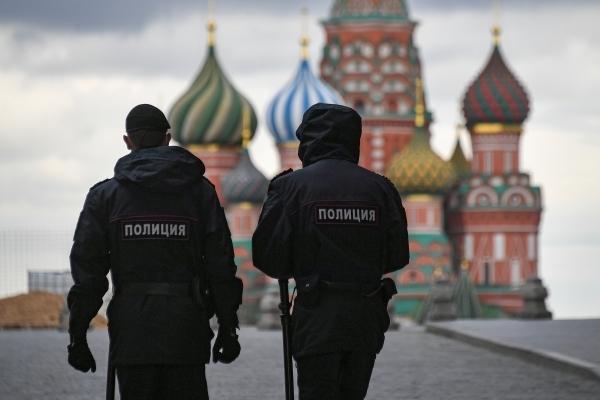 Московская репетиция локдауна. Припугнуть и вакцинировать?