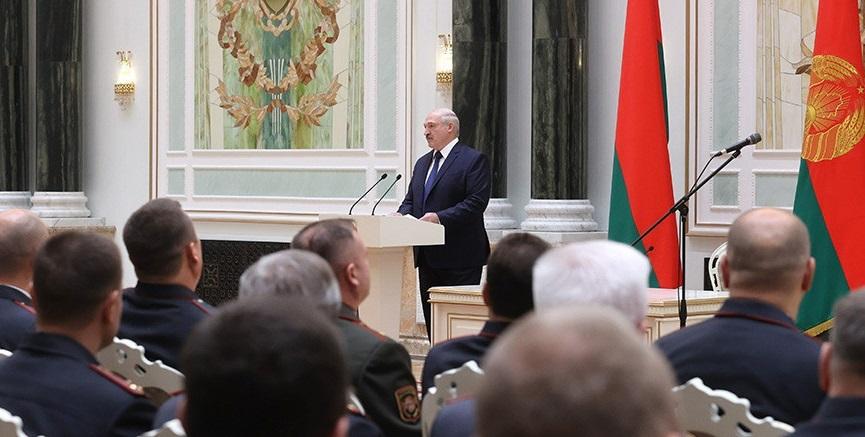 Лукашенко передал правительству часть президентских полномочий