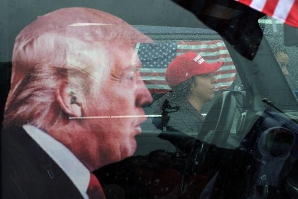Волчий билет для Трампа: Импичмент от Конгресса проводит президента на пенсию