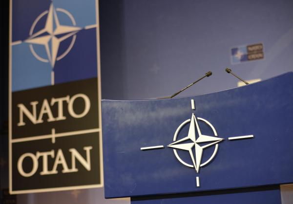 Страны НАТО поддержали новые санкции США против России