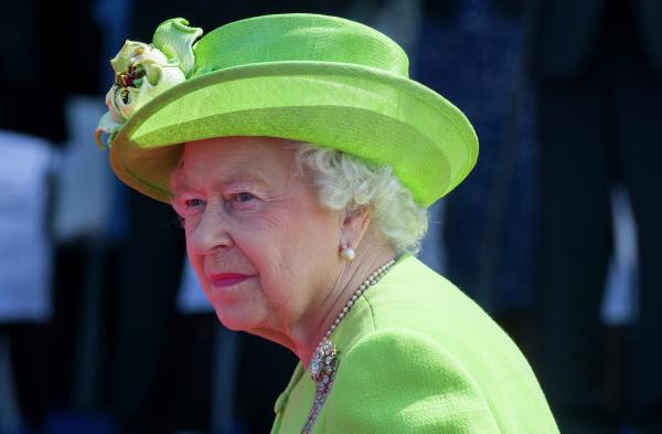 Королева Великобритании сделала прививку от COVID-19