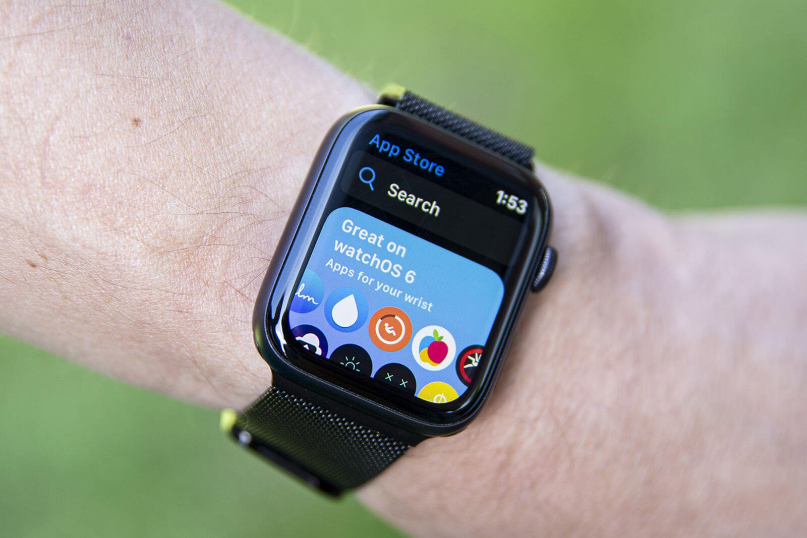 Все очень плохо: Apple рассказала, как дела у магазинов приложений для Apple Watch и Apple TV