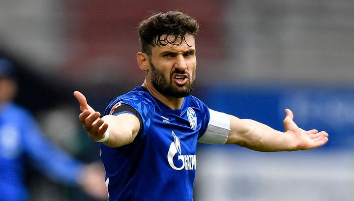 'Аугсбург' подписал контракт с тремя футболистами