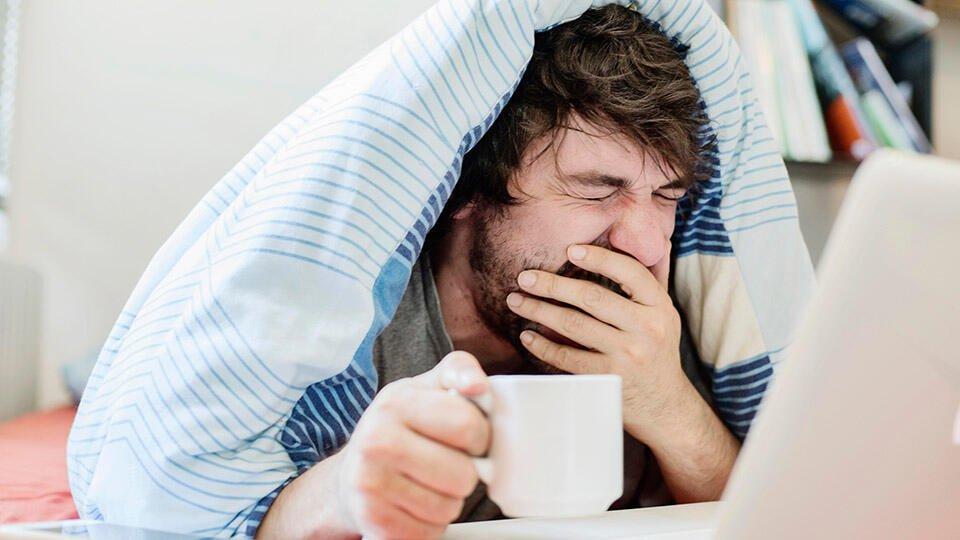 Врач рассказал о пользе короткого дневного сна