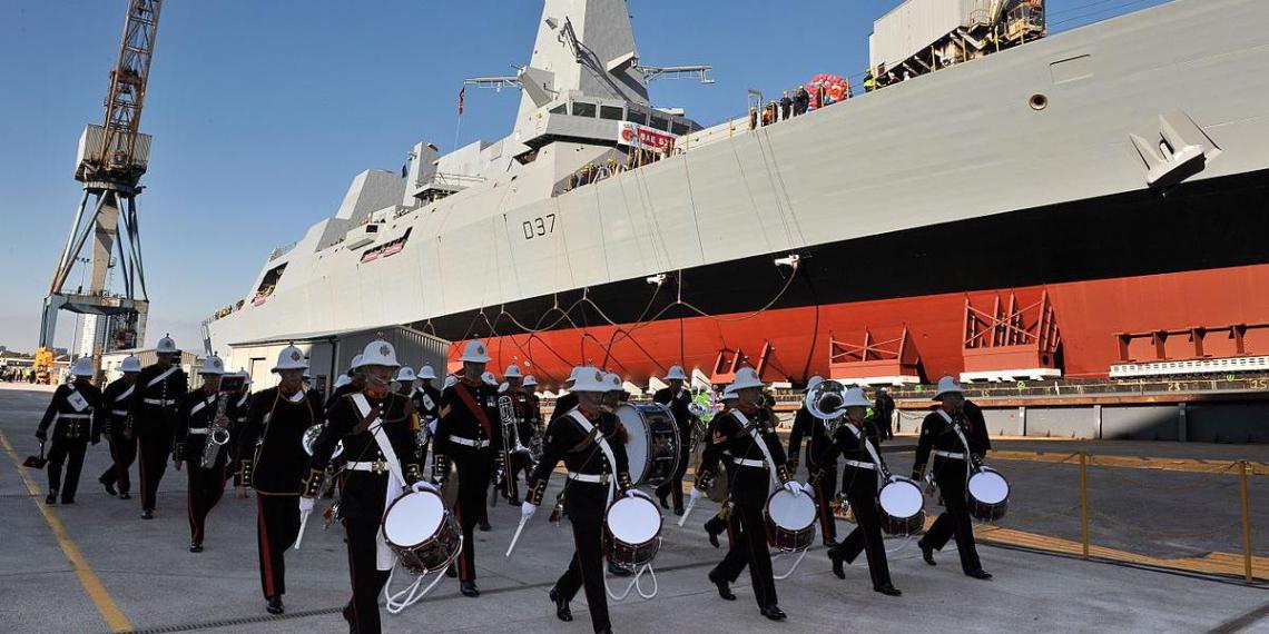 Великобритания отправит свои корабли в Южно-Китайское море вне зависимости от реакции КНР