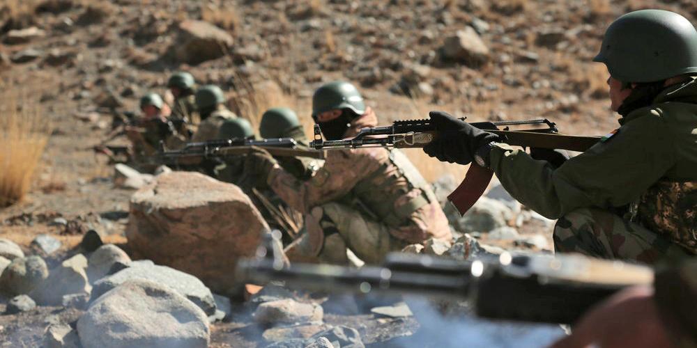 МИД РФ отреагировал на вооруженный конфликт Киргизии и Таджикистана