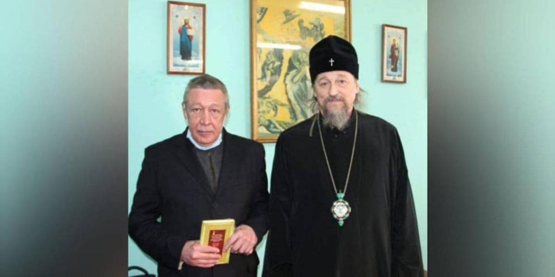 Опубликованы первые фото Михаила Ефремова из СИЗО в Белгороде