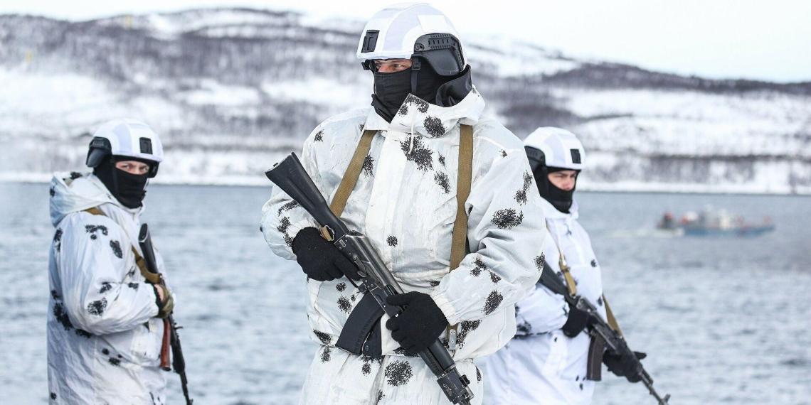 Сразу четыре страны следили за учениями России в Арктике