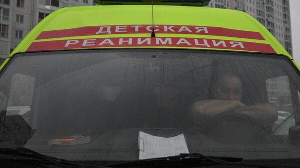 В Новгородской области грузовик врезался в жилой дом