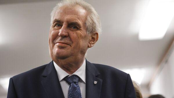 Земан предложил Тихановской открыть в Праге офис белорусской оппозиции