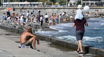 «В Сочи сейчас аншлаг»: как российские курорты справляются с уникальным наплывом туристов в майские праздники