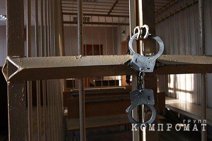 Пенсионер ФСБ сел за вымогательство полумиллиона долларов у замминистра ДНР