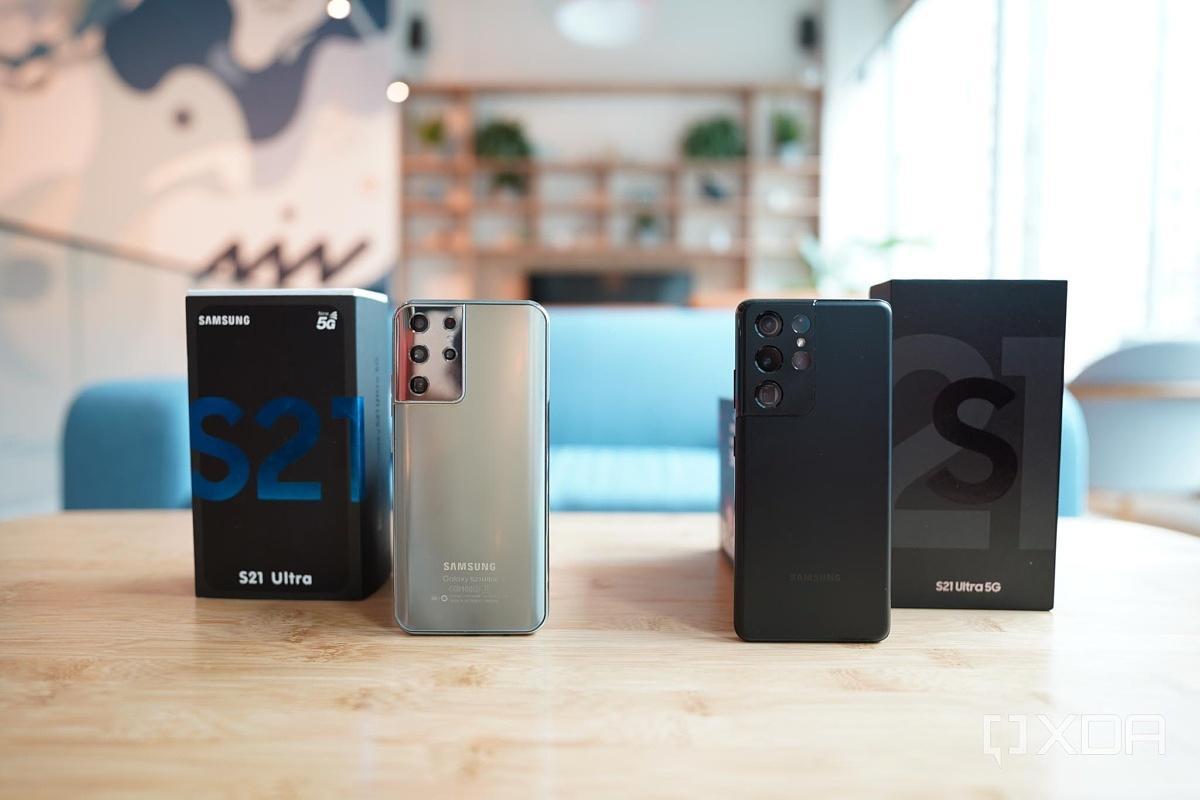 Как отличить оригинальный Samsung Galaxy S21 от фейка