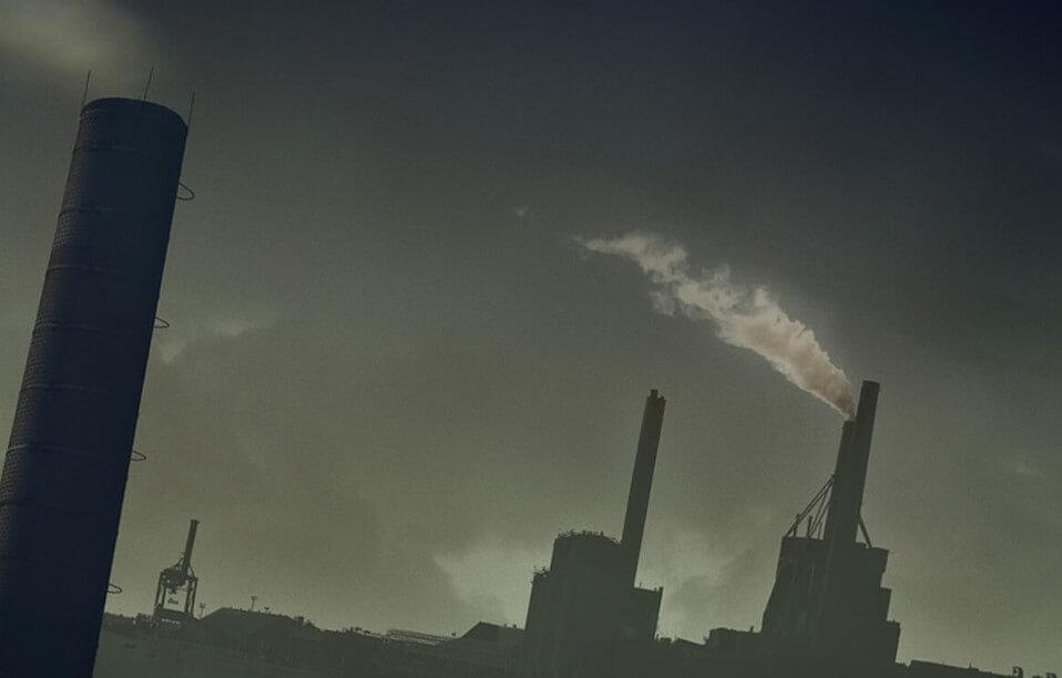На сколько лет загрязненный воздух сокращает жизни людей?