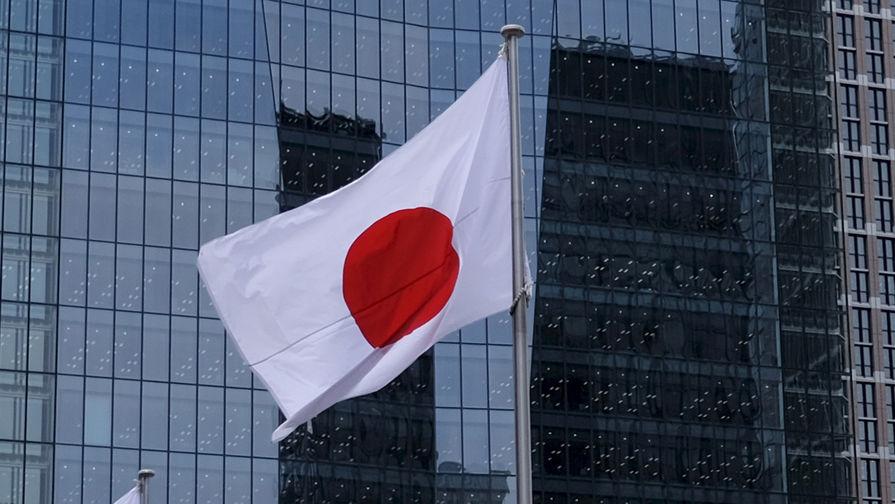 Японских чиновников накажут за ужин с сыном премьера