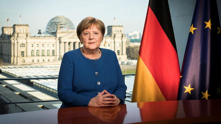 В ФРГ призвали Меркель отказаться от 'Северного потока — 2'