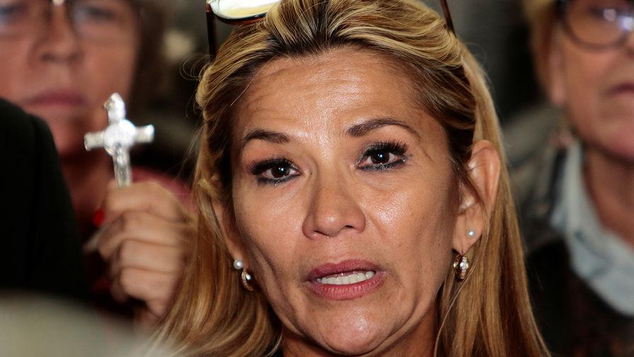 Аньес призвала избегать насилия в ожидании результатов выборов в Боливии