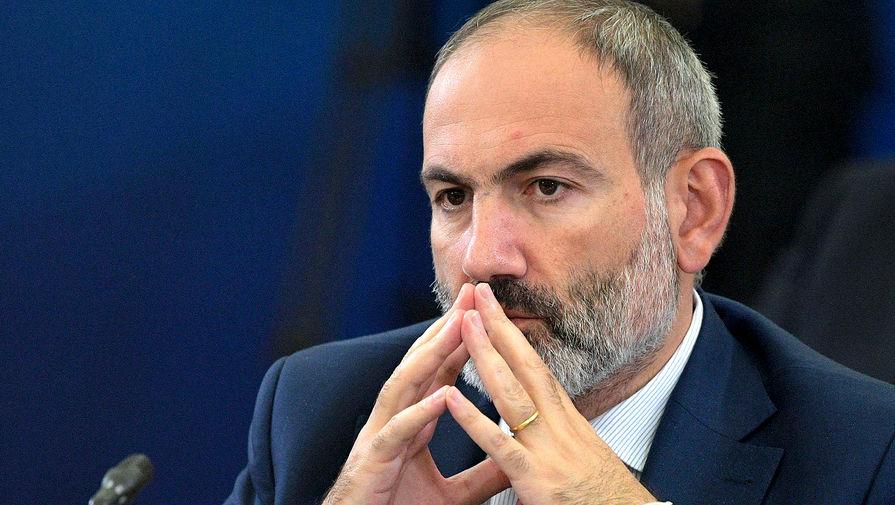 И.о. премьер-министра Армении привился от коронавируса