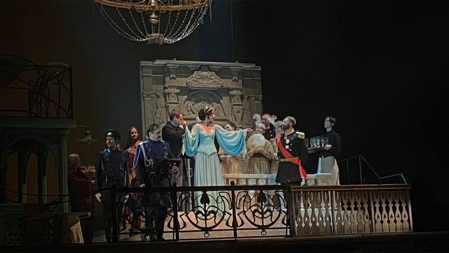 Появилось первое видео Ольги Бузовой на сцене МХАТа в спектакле про Сталина