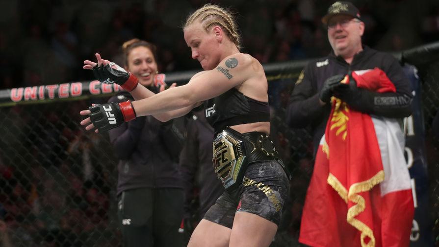 Шевченко судейским решением защитила титул чемпионки UFC