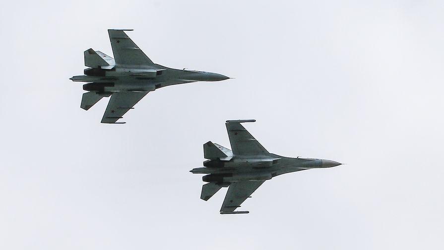 Су-27 вылетел на перехват самолета-разведчика Британии над Черным морем