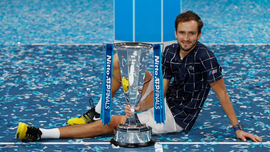 Назван гонорар Медведева за победу на Итоговом турнире ATP