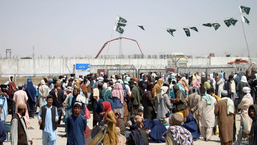 Тысяча афганцев получили разрешительные документы на въезд в Россию