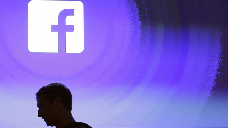 Саша Барон Коэн призвал привлечь Цукерберга к ответственности